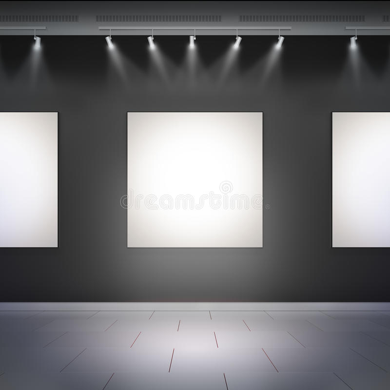 Leere weiße Rahmen in der Museumshalle lizenzfreies stockfoto
