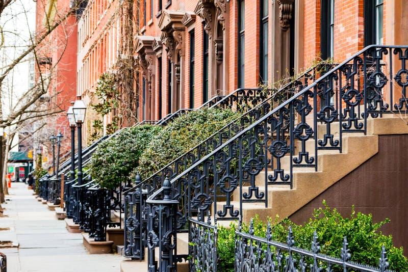 Leerer Bürgersteig in Greenwich Village in New York City lizenzfreie stockbilder