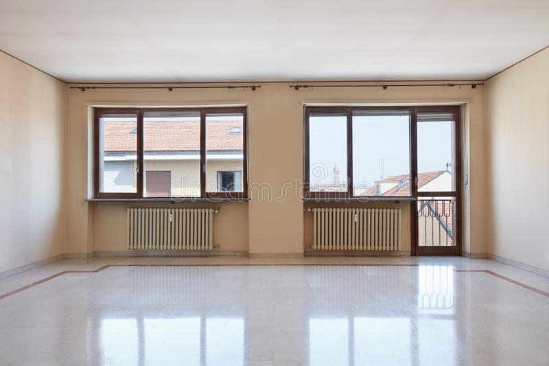 leerer gro er rauminnenraum mit marmorboden stockbild bild von h lzern t r 79119863. Black Bedroom Furniture Sets. Home Design Ideas