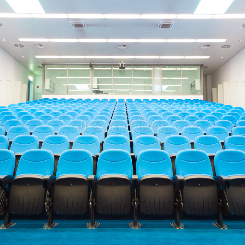 Leerer Konferenzsaal lizenzfreies stockbild