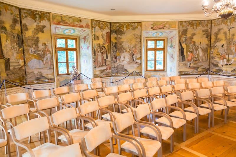Leerer Konferenzsaal lizenzfreie stockfotos