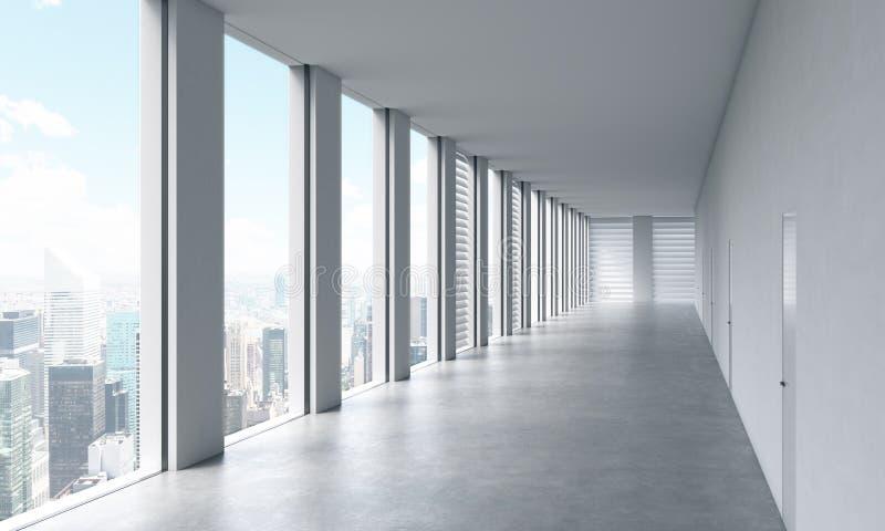 Leerer moderner heller sauberer Innenraum eines Büros des offenen Raumes Enorme panoramische Fenster mit New- Yorkansicht Ein Kon lizenzfreie abbildung