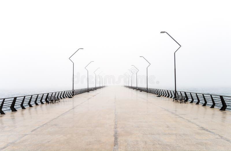 Leerer Pier stockfotos