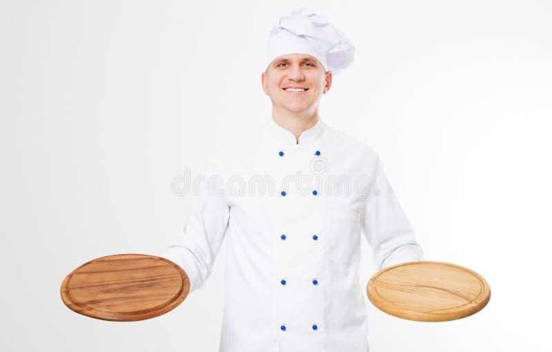 Leerer Pizzaschreibtisch der Lächelnchefholding lokalisiert auf weißem Hintergrund, Nahrung und Getränkkonzept stockfotos