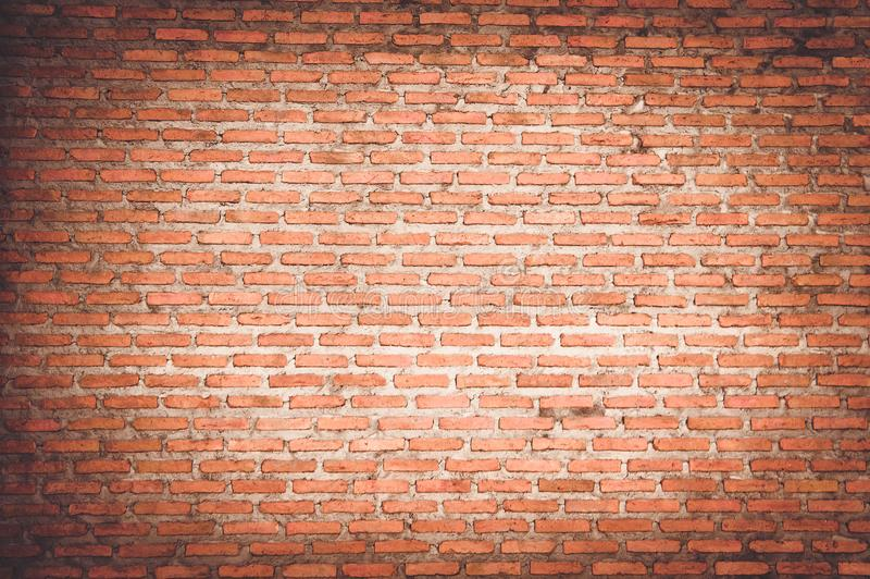 Leerer Raum mit Wand und Bretterboden des roten Backsteins stockfotografie