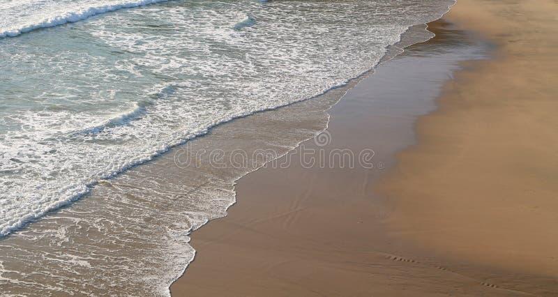 Leerer Strand lizenzfreies stockfoto
