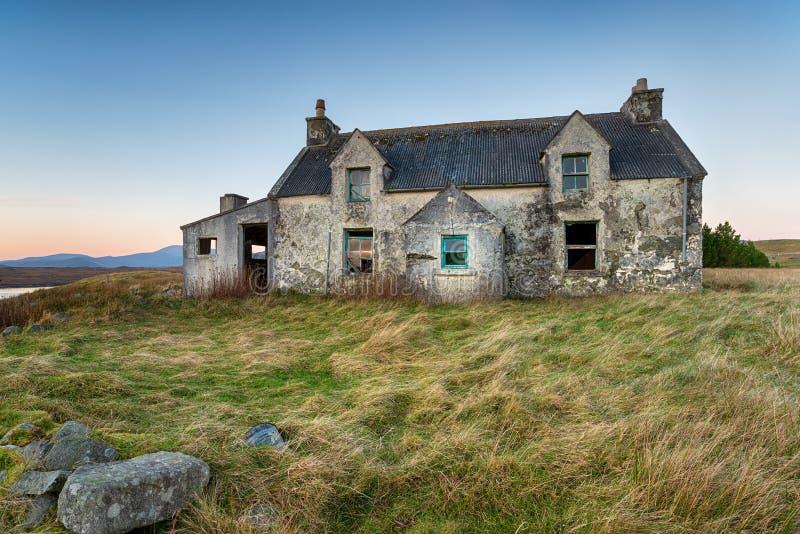 Leeres Haus auf der Insel von Lewis lizenzfreie stockfotos