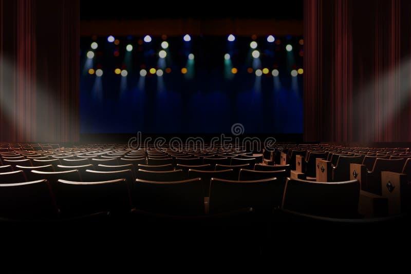 Leeres Weinleseauditorium oder -theater mit Lichtern auf Stadium lizenzfreie stockfotografie