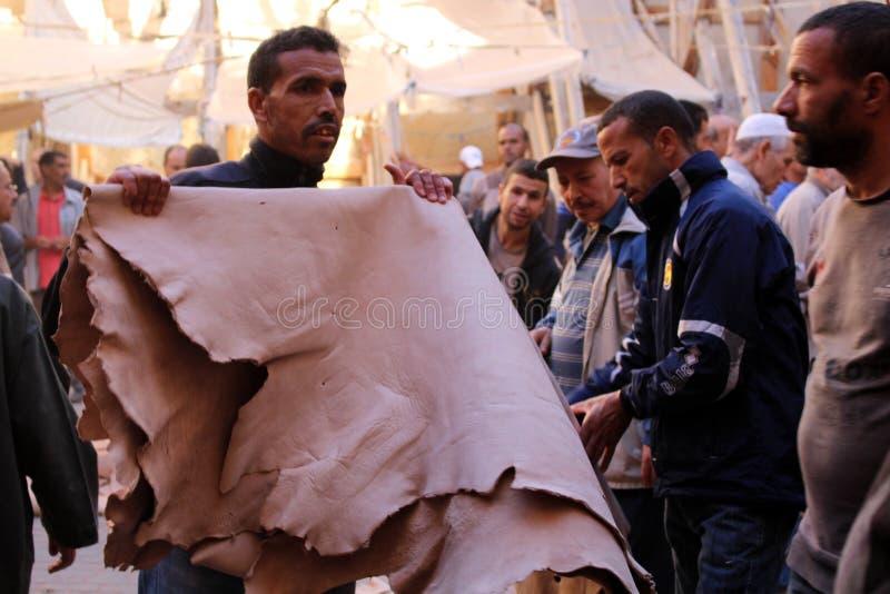 Leermarkt Fez Marokko royalty-vrije stock afbeeldingen
