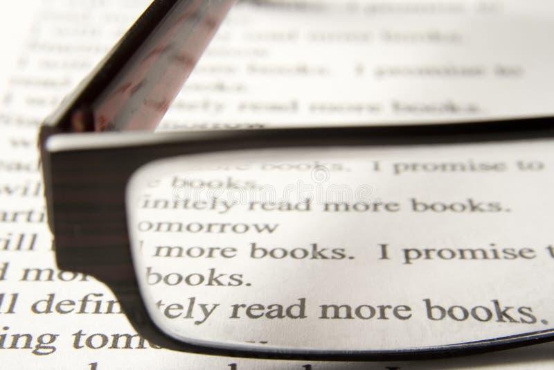 Lees meer boeken stock fotografie