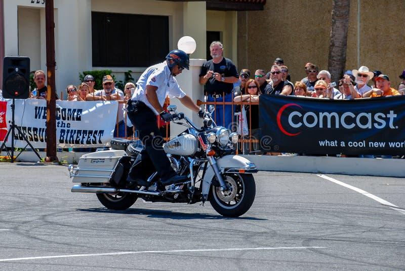 Leesburg Bikefest tem muitas demonstrações, inclusive uma para habilidades de motociclismo fotos de stock