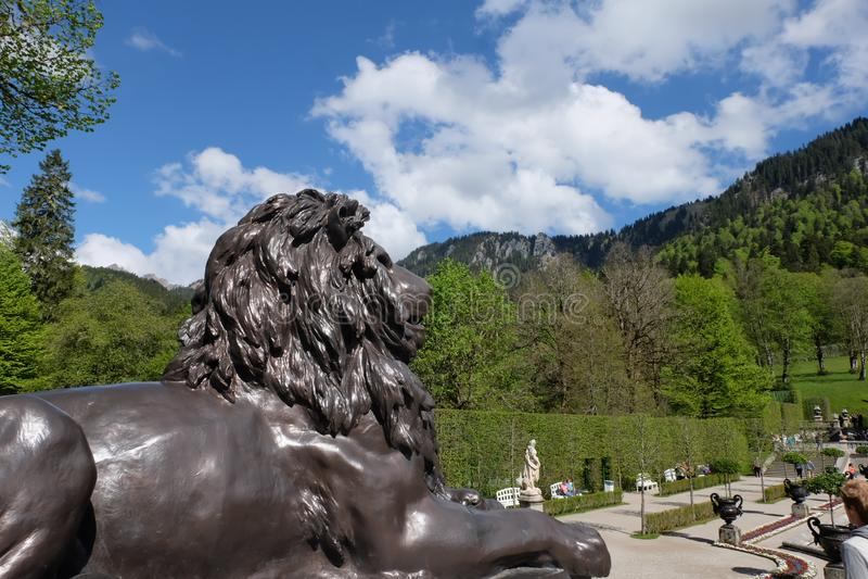Leeuw in Linderhof stock foto