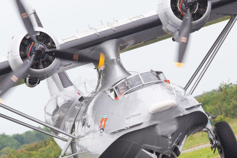 LEEUWARDEN, holandie - CZERWIEC 11: Konsolidujący PBY Catalina wewnątrz obraz royalty free
