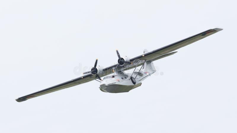 LEEUWARDEN, holandie - CZERWIEC 10: Konsolidujący PBY Catalina wewnątrz obraz stock