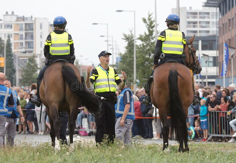 Leeuwarden, Pays-Bas, le 19 août 2018 : Police néerlandaise en Th photo stock