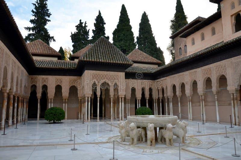 Leeuwenterras in Alhambra, Granada, Spanje stock foto's