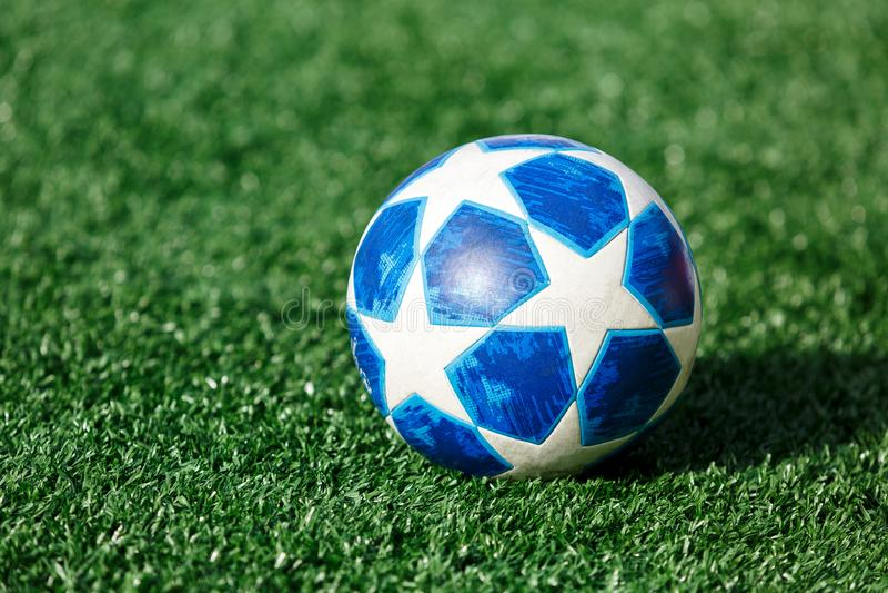 Lega dell'UEFA di Adidas della palla dei campioni fotografia stock