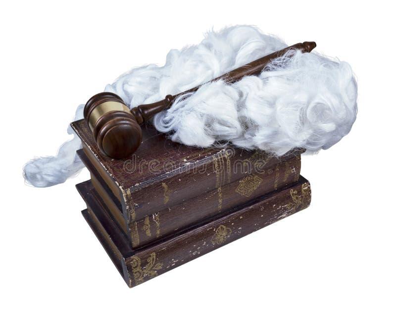 Legale Bücher mit Richter Wig und Hammer stockbild