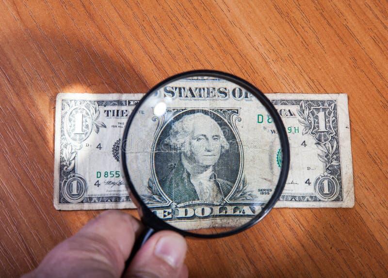 Legaler und illegaler Umsatz des Geldes stockfotografie