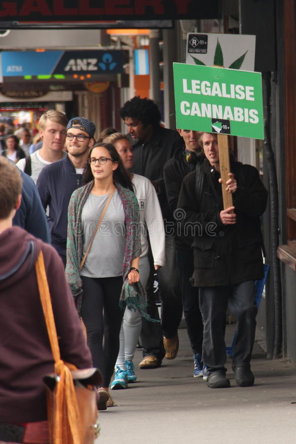 Legalize o cannabis! imagem de stock