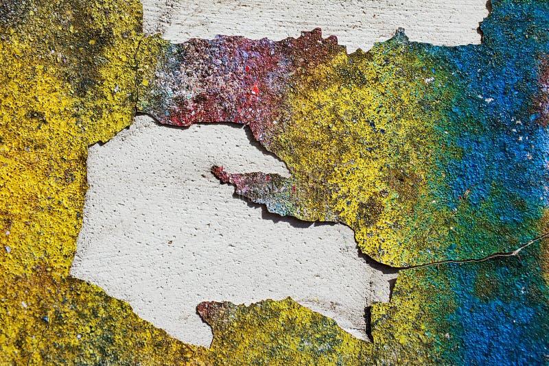 Lege achtergrond voor uw tekst De textuur van een grunge oude straat op de voorgevelmuur met gebarsten verf royalty-vrije stock fotografie