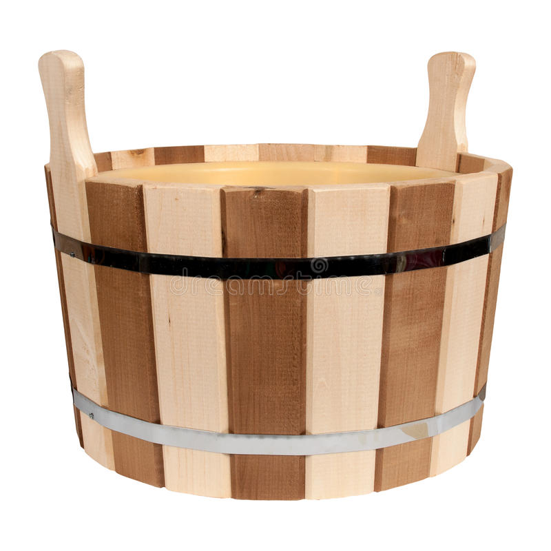 Lege geïsoleerde houten ton voor een bad stock foto's
