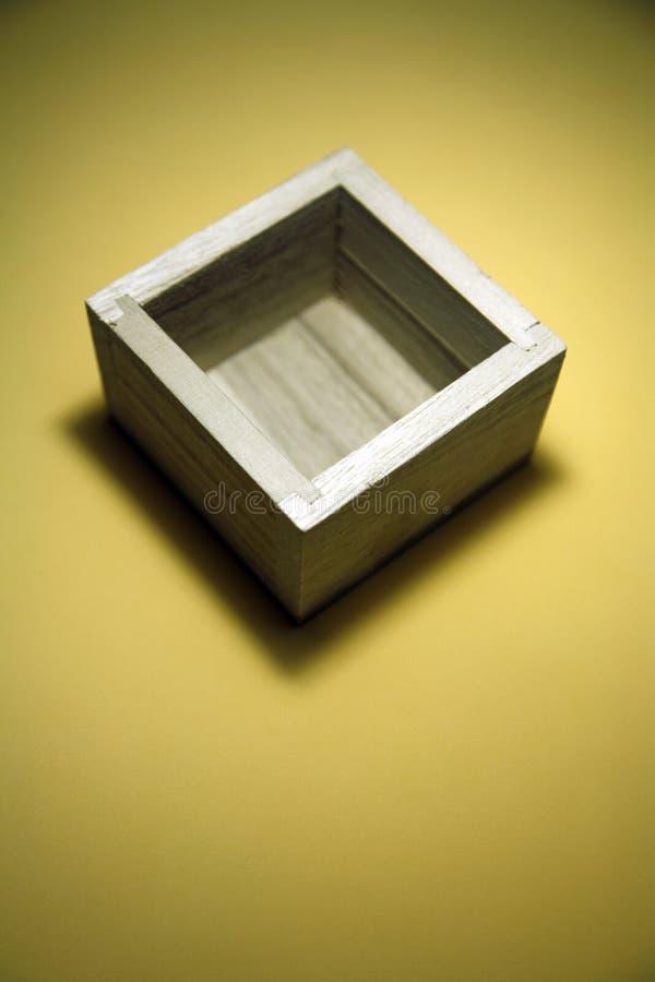 Lege houten doos stock afbeeldingen