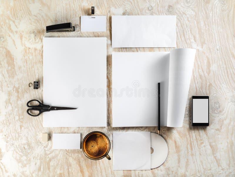 Lege kantoorbehoeften stock afbeelding