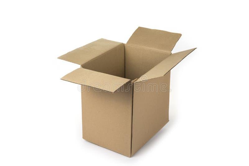 Lege kartonnen doos op een witte achtergrond stock afbeelding