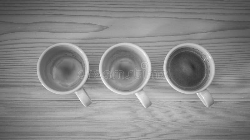 Lege koppen van espresso/koffie royalty-vrije stock foto
