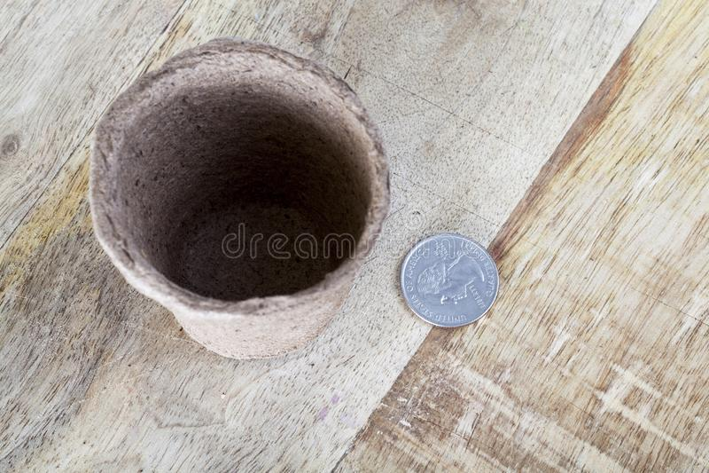 Lege muntstukpot royalty-vrije stock afbeelding