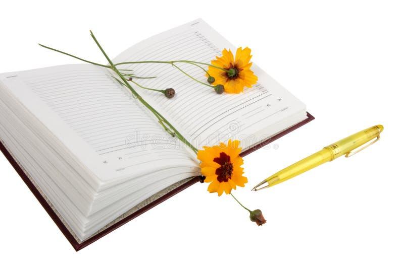 Download Lege Open Agenda, Gele Bloemen En Gele Bal P Stock Foto - Afbeelding bestaande uit ballpoint, fotografie: 10781414