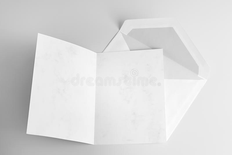 Lege open kaart en envelop royalty-vrije stock fotografie