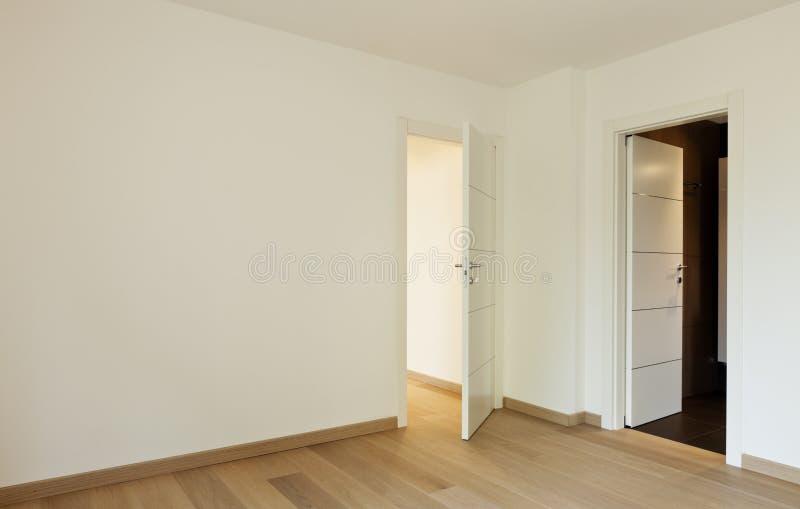 Lege ruimte met twee deuren royalty-vrije stock afbeelding