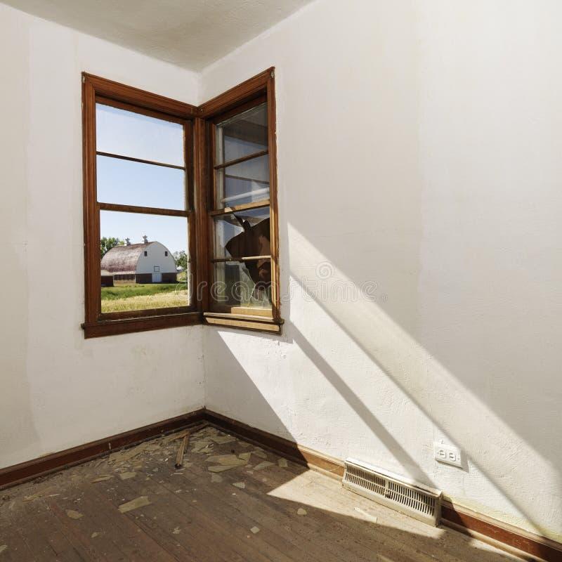 Lege ruimte met venster. royalty-vrije stock fotografie