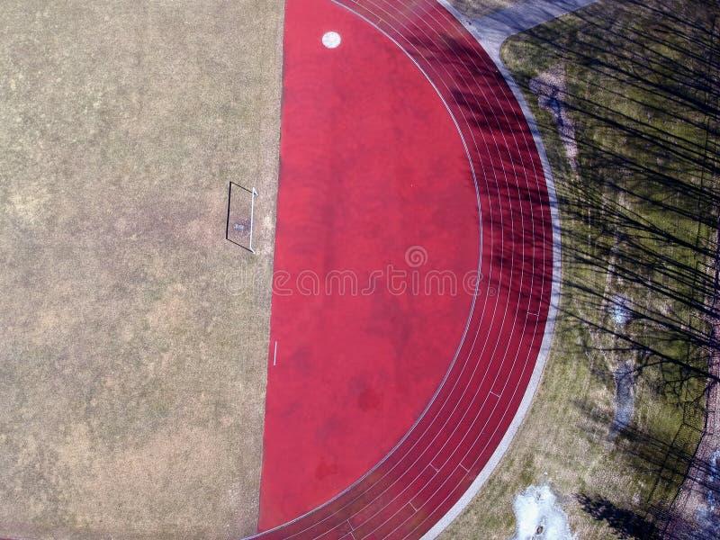 Lege Voetbalgebied en poort in stadion, luchtmening stock foto's