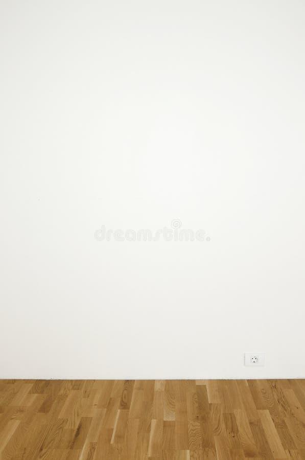 Lege witte muur