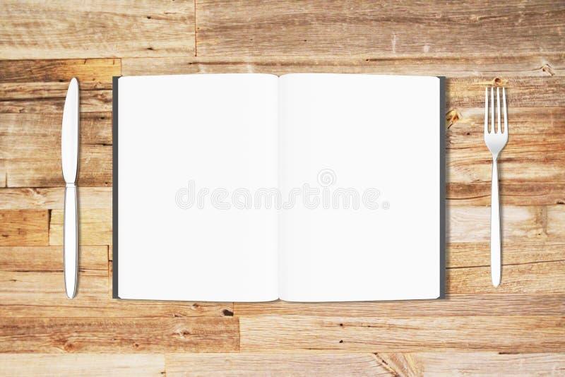 Lege witte pagina's van geopende agenda met vork en mes op houten royalty-vrije illustratie