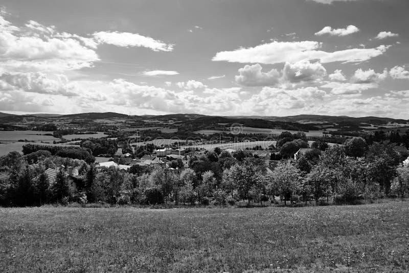Legendarisch Hostice-dorp dichtbij Volyne-stad in Zuid-Bohemen waar het Planicka-Systeem in Tsjechoslowaakse film nam werd uitgev royalty-vrije stock afbeeldingen