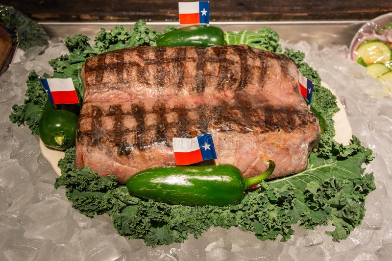 Legendarny bezpłatny 72oz stek przy Dużym Teksaskim stku rancho w Amarillo, TX fotografia royalty free