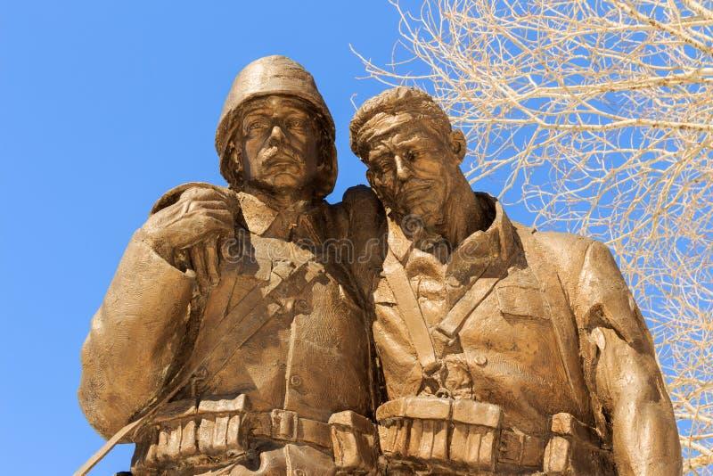 1919 legenden av Kars och monumentskulptur royaltyfri bild