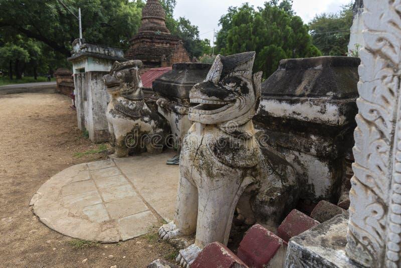 Legendentierskulptur in alter Stadt Bagan lizenzfreie stockfotografie