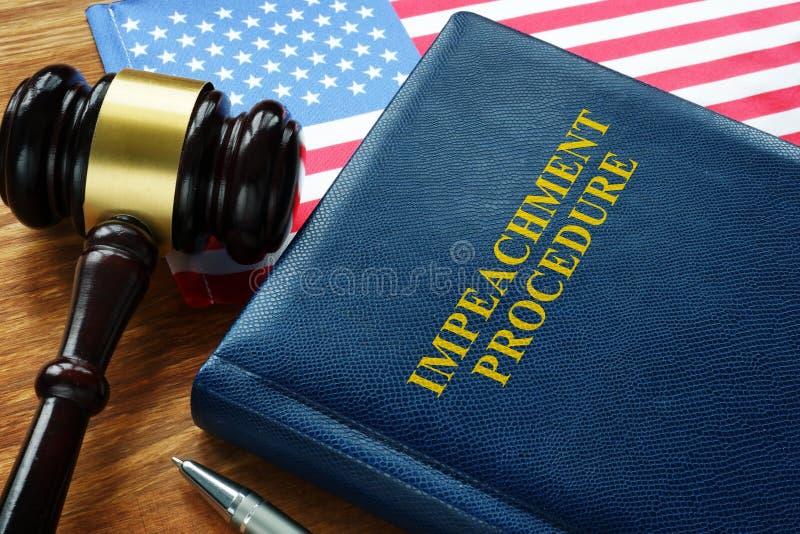 Legge sulla procedura di infrazione, bandiera di Stato e bandiera degli Stati Uniti fotografia stock libera da diritti