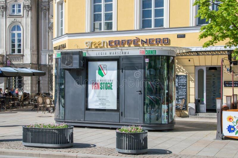Legii fan Warszawski sklep Legia Warszawa jest Futbolowym klubem w Warszawa zdjęcie royalty free