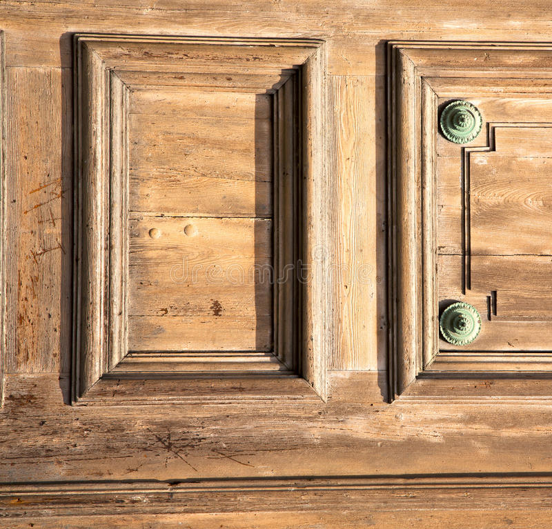 the legnano rusty brass brown knocker door closed wood i stock images