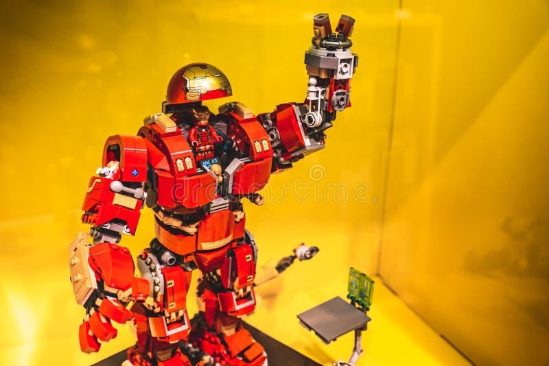 Lego Iron Man modell royaltyfri bild