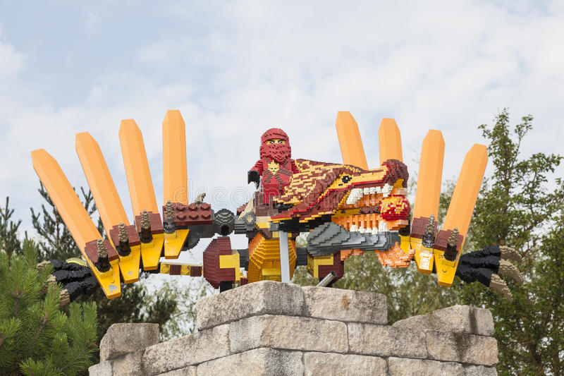 Lego Ninjago in Legoland Duitsland stock afbeelding