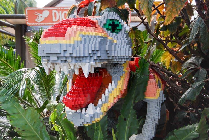 Lego Sculpted o dinossauro fotografia de stock