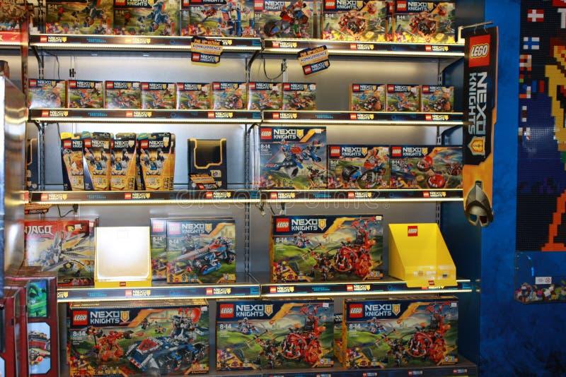 Lego Store royaltyfri foto
