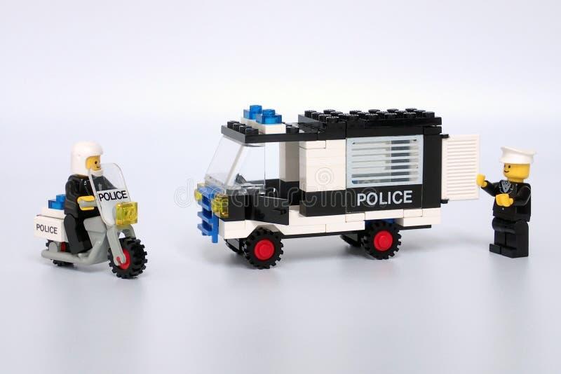 Lego Town a placé aucun 6684, police patrouillent le peloton images stock